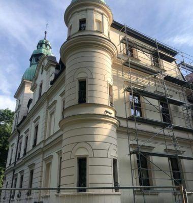 Remont Pałacu